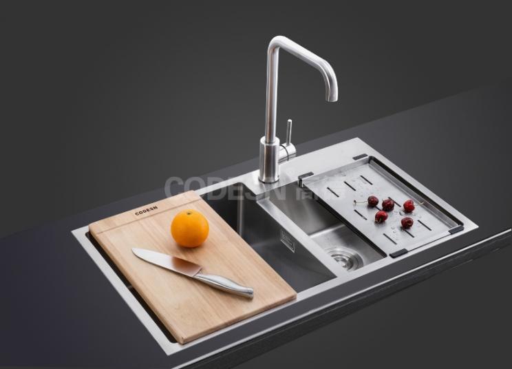闲谈一下高德厨卫教你如何选购厨房不锈钢水槽?