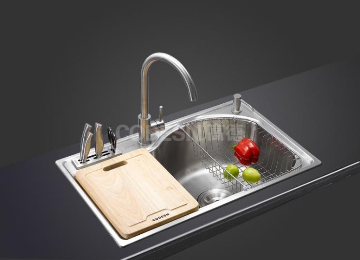你可能用错了辨别厨房不锈钢水槽材质方法了